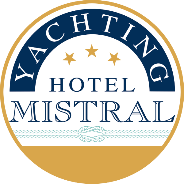 YACHTING HOTEL MISTRAL